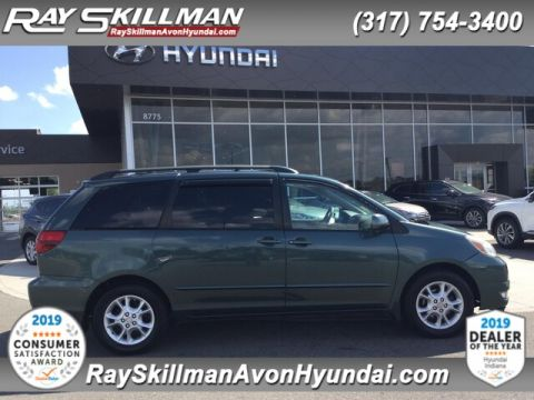 Pre-Owned 2005 Toyota Sienna XLE